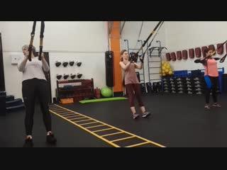 Лечебная гимнастика на петлях TRX