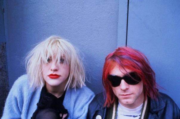 Серия фотографий Курта Кобейна с Кортни Лав, 1992 год. Автор: Dora Handel.