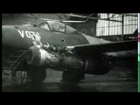 BMW 109-718 rocket engine test firing on this Me.262 C-1b