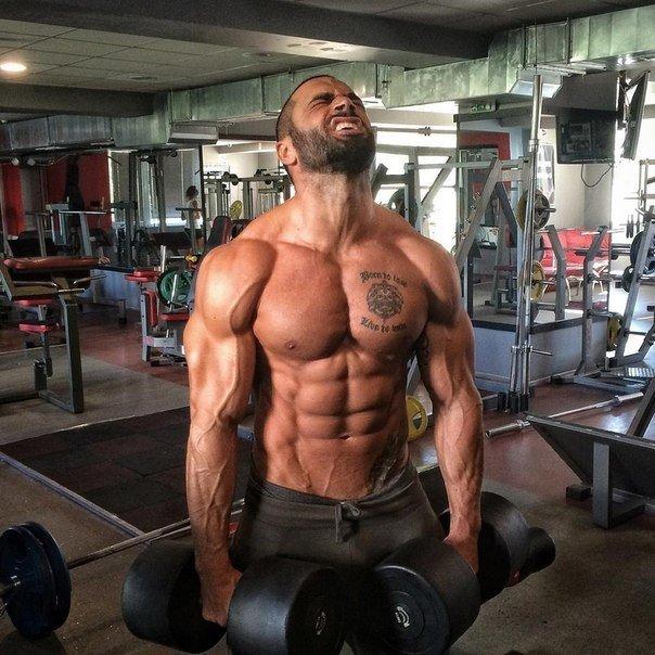 Программа тренировок, диета на массу и сушку + спортивное питание от Лазара Ангелова