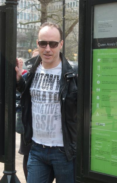 Александр Олегович, 1 февраля , Санкт-Петербург, id177000255