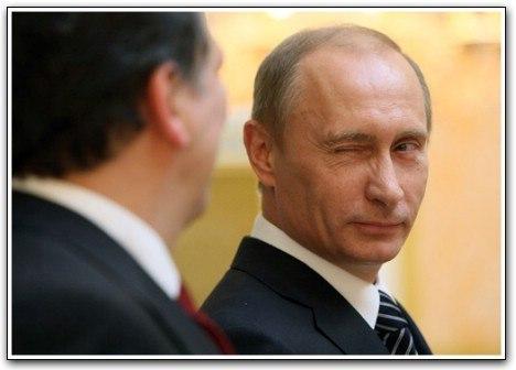 """Россия сделала ГЕНИАЛЬНЫЙ """"ХОД КОНЕМ"""". Мировая политическая """"элита"""" уже почти сделала Украину частью """"цивилизованной"""" Европы напрямую бросив угрозу нашим геополитическим интересам. Россия обвела всех вокруг пальца и за несколько дней заработала более 20 млрд. долларов, вернула около 30% акций собственных монополий, а также вернула Крым! Путин «сделал» и ЕС, и Америку, и сделал это красиво. На глазах у всего мира разыграл все как по нотам. Раньше часть акций…"""