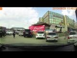 Водитель Toyota Land Cruiser после дтп скрылся с места происшествия.28.08.18г