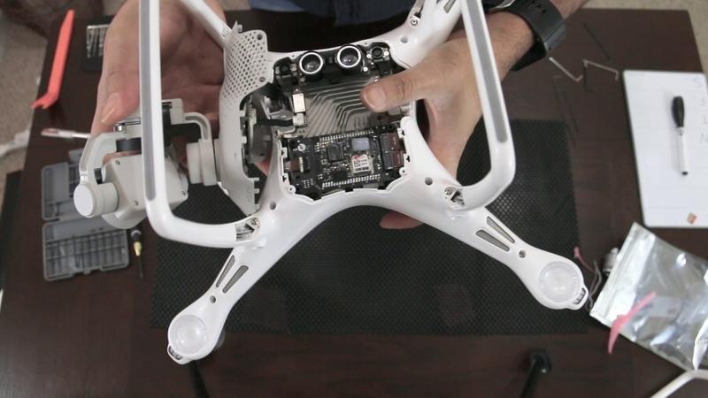 Phantom 4 shell replacment changing landing gear and soldering motors back