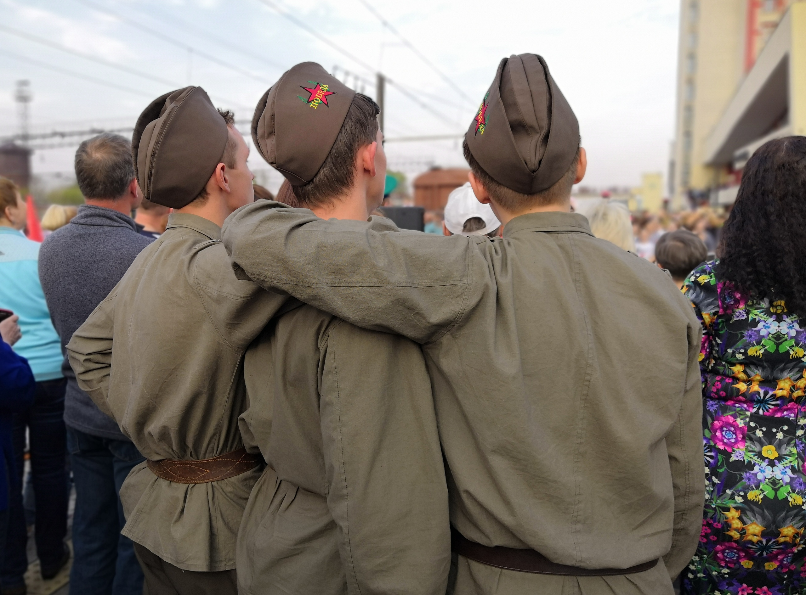 Несколько тысяч липчан встретили поезд Победы — Изображение 4