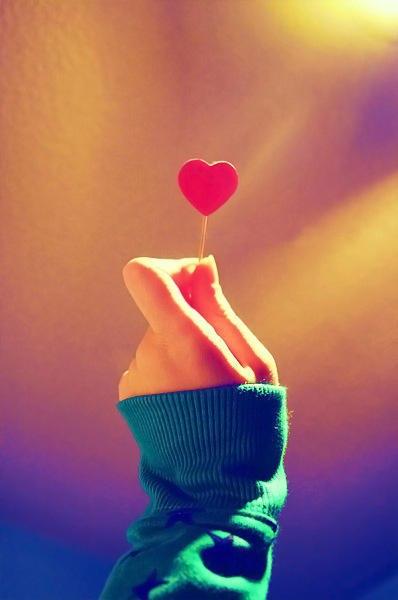 Любовью должны два сердца враждовать