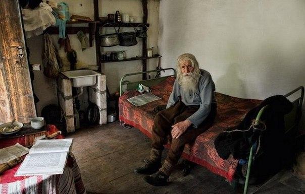 Нищий благотворитель из Болгарии KYO5WJJ6YiE