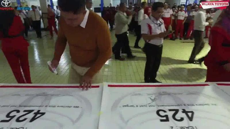 Toyota Bandung Wijaya SIGN COMMITMENT Tim Sales Servis Part