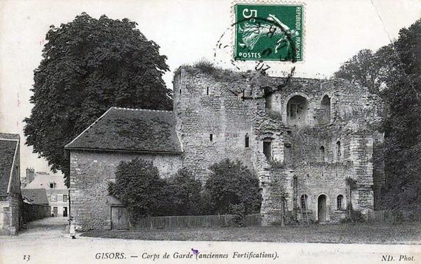 ТАЙНА ЗАМКА ЖИЗОР Замок Жизор один из самых мощных, красивых и загадочных сооружений средневековой Европы. Он стоит на окраине одноименного города в Нормандии (63 км от Парижа) и в средние века