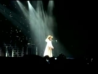Beyonce - Broken-Hearted Girl(Live, I am...Tour in Moscow 02/11)