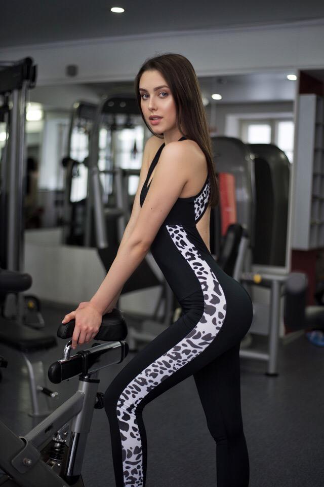candidatas a miss russia 2019. final: 13 de abril. - Página 6 8YFq1E8Ns1Q