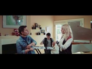 Мешап Justin Timberlake VS Britney Spears в исполнении Sam Tsui и Madilyn Bailey
