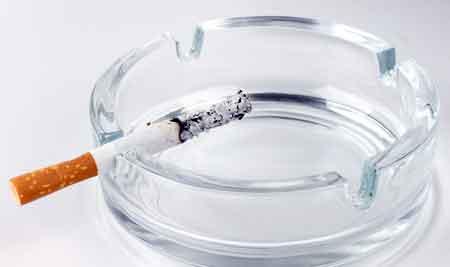 Многие легочные расстройства вызваны курением сигарет.