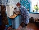 Хочу хоть на маленькую чуточку в детство, обратно…к бабушке, на чай с ароматными пирожками!