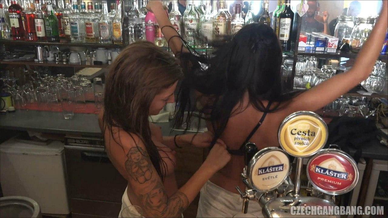 Czech GangBang 19 (Сестер трахают в баре)