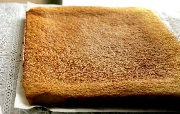 Рулет или рецепт очень удачного бисквита. Пышный, мягкий, легко сворачивается (как в теплом, так и в холодном виде), не ломается, не сухой, вкусный...ИНГРЕДИЕНТЫ:Стакан - 250 млБисквит:1/4 ст.