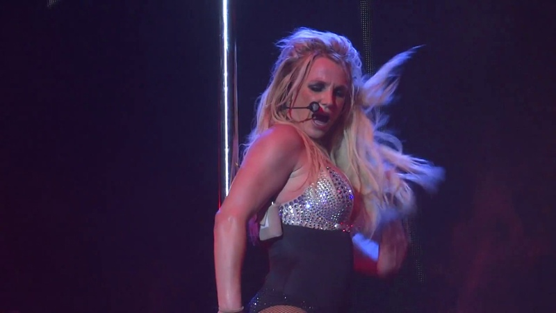 Britney Spears - Slave 4 U (Live in Dublin, Piece Of Me Tour - 3arena) HD