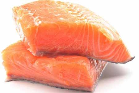 Еда диеты с большим количеством лосося может помочь с воспалением.