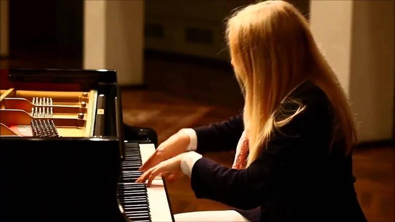 Beethoven - Moonlight Sonata 2nd Movement (Allegretto)