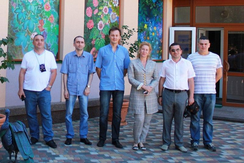"""Фото перед отъездом грузинской делегации из """"Кибер Клиники Спиженко"""""""
