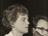 Валентина Терешкова поет на Кубе
