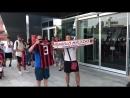 MIlan, eccola l'attesa dei tifosi ️ per il ritorno di Paolo Maldini le immagini da Casa Mi