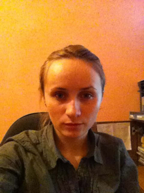 Широкий лоб у девушки фото