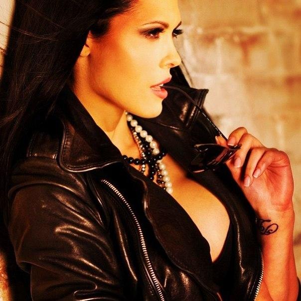 Обнаженная знаменитость Мария Горбань на бесплатных фотках и видеороликах