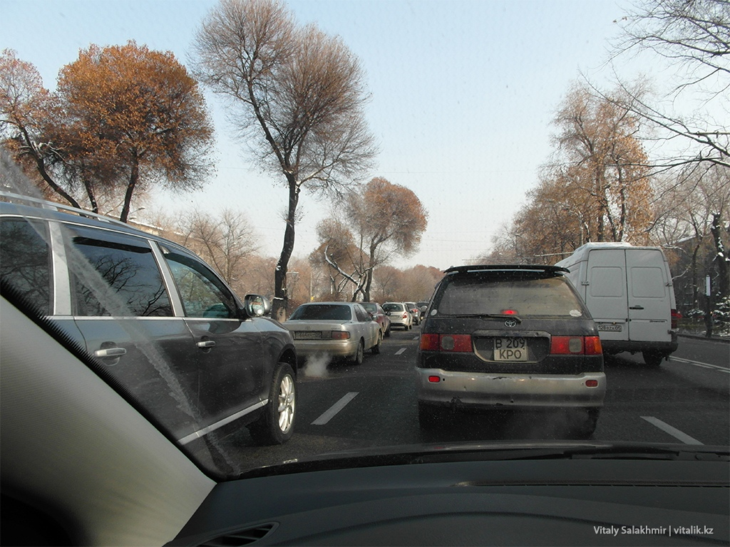 Пробка на Ташкентской Алматы 2018