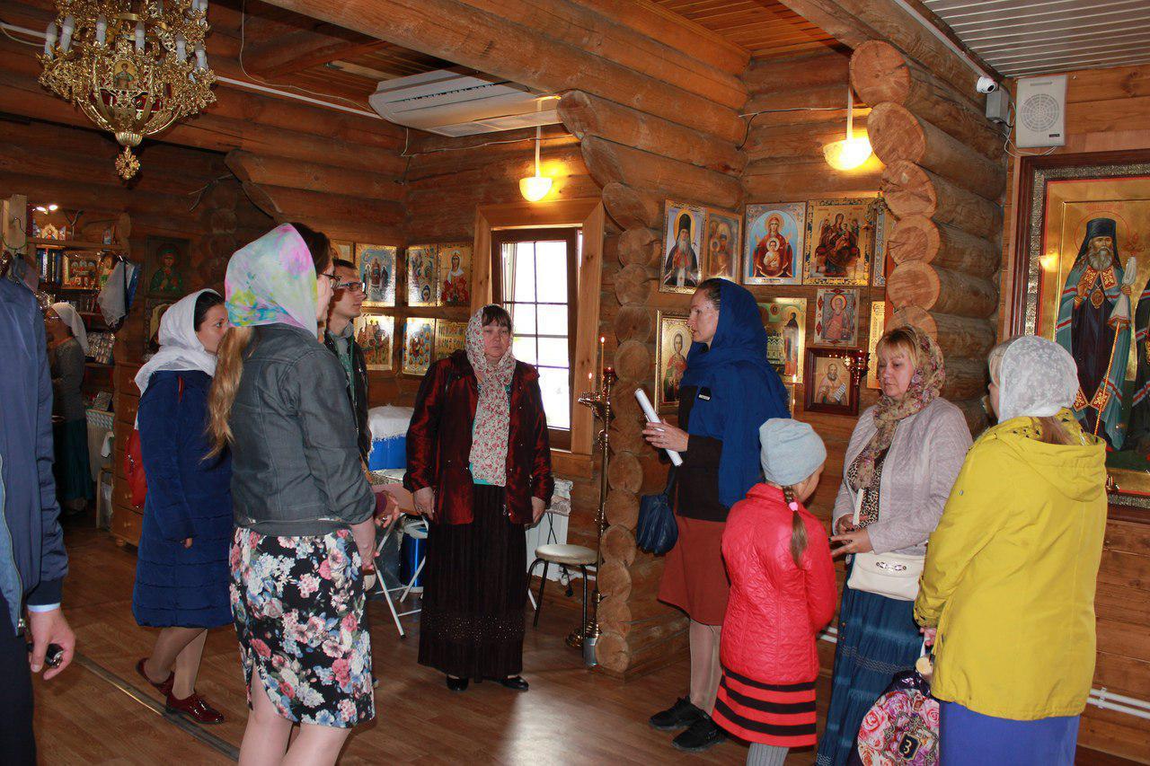 Тематическую экскурсию провели в храме Покрова в Некрасовке
