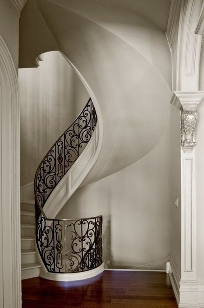 Шикарная лестница (1 фото)