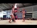 Детский бой - девочка против мальчика