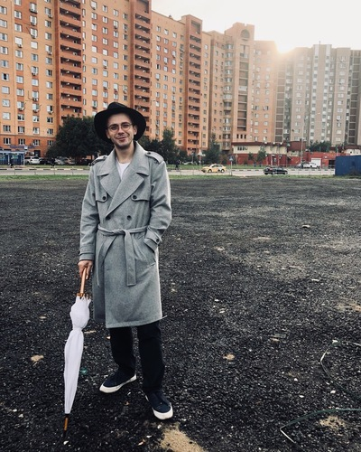 Андрей Мишуров