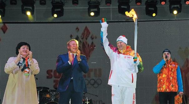 Неманские вести: Олимпийский огонь зажгли в центре Калининграда