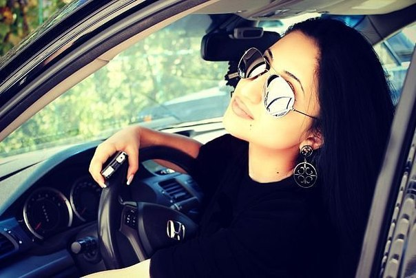 Девушка за рулем: картинки и фото девушка за. - Depositphotos 55