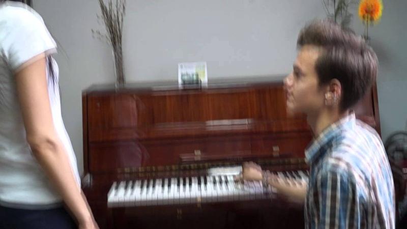 Урок преподавателя по вокалу Ивана Грап » Freewka.com - Смотреть онлайн в хорощем качестве