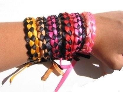 Фенечки из трёх ленточек,макраме схемы плетения кашпо,технология макраме и схемы плетения фенечки из мулине скачать...