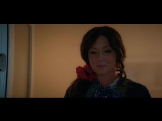 Отрывок с Шеннен Доэрти из сериала Heathers S01E01 Pilot (2018)