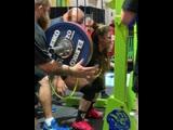 Стефани Кохен приседает 227,5 кг