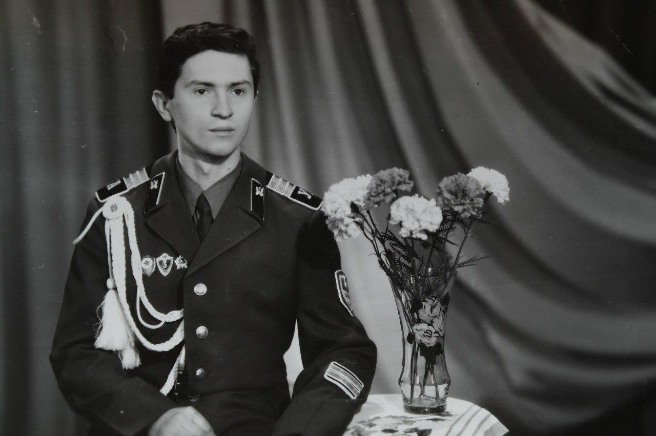 Геннадий Тахтабаев в армии