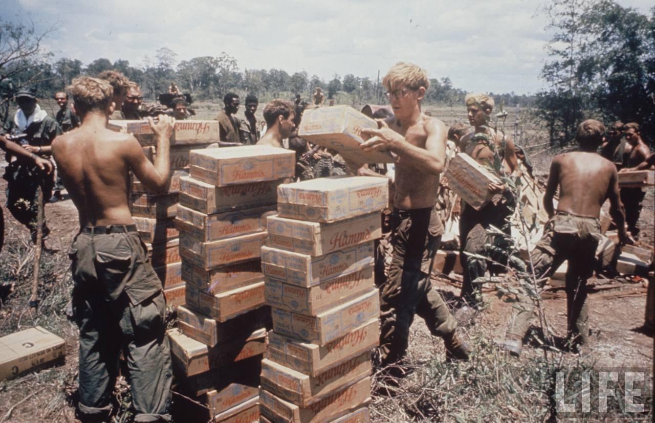 guerre du vietnam - Page 2 39-NalGzkc4