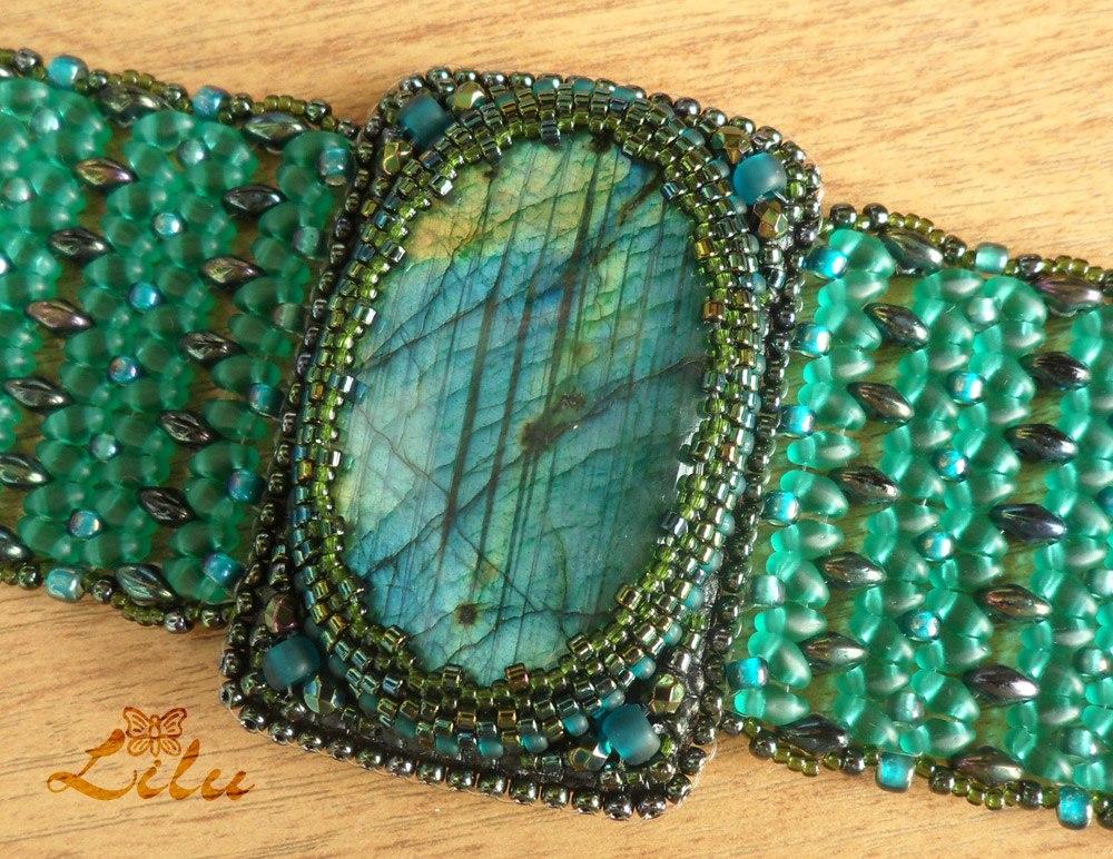 Альбом пользователя lilu4678: Зелененький он был...))) Два браслета!