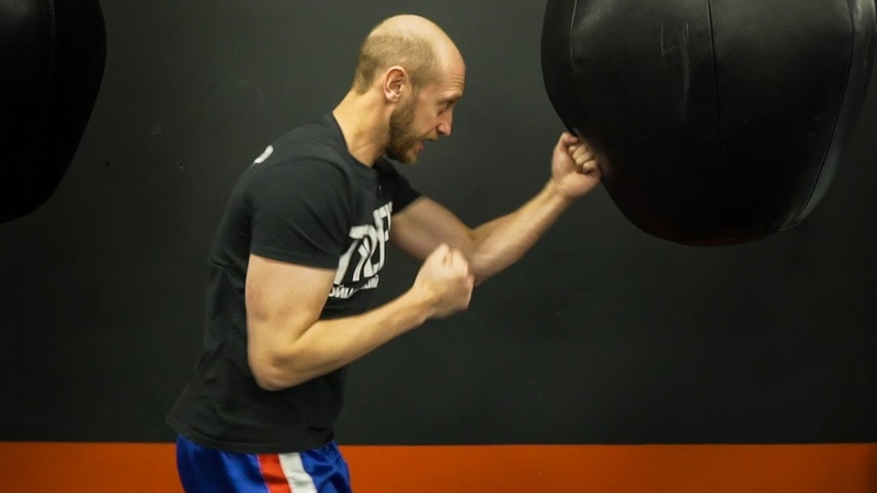 Как отрабатывать удары на боксерской груше