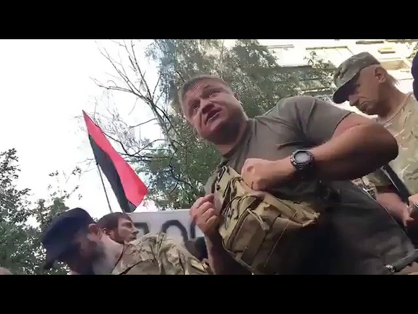 Воїн: українські силовики роками продають людей у рабство до Росії