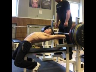 Эдди Берглунд - жим лежа 177,5 кг
