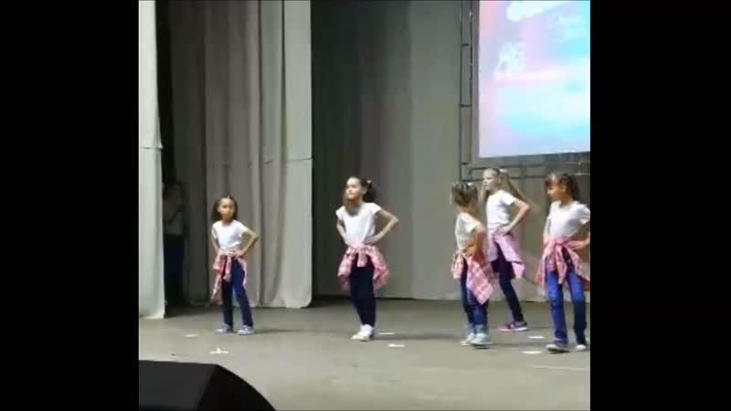 Детский центр VIV танцевальный коллектив FireFly на конкурсе Dance stars