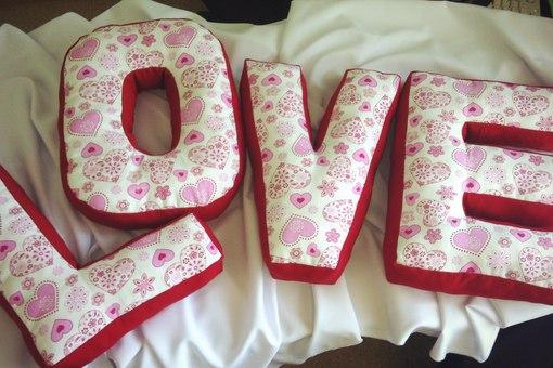 Буквы-подушки своими руками фото
