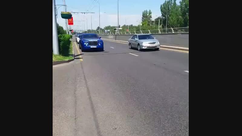 RollsRoyce, Bentley Almaty