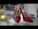 История красных туфелек Marko на английском языке