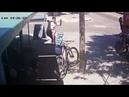 Niño recibe brutal Patada Espartana al intentar robar una Bicicleta